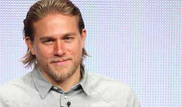 charlie hunnam quits fifty shades of grey - India...