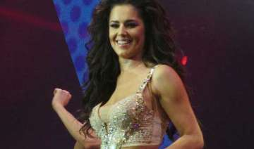 cheryl cole finds karaoke annoying - India TV