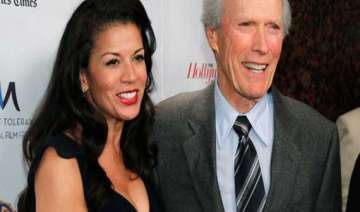 clint eastwood splits from wife - India TV