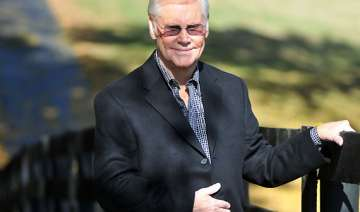 country star george jones released from hospital...