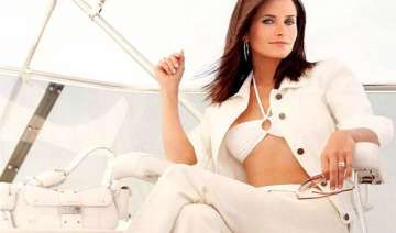 courteney cox criticised by daughter - India TV