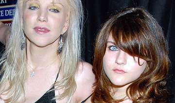 courtney love has daughter on speed dial - India...