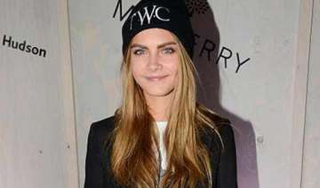 delevingne to throw b day bash styles invites...
