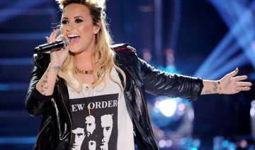 demi lovato to join glee - India TV