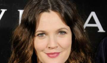 drew barrymore relishes family life - India TV