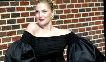 drew barrymore doesn t like tight clothes - India...
