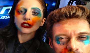 gaga gives makeover to ryan seacrest - India TV