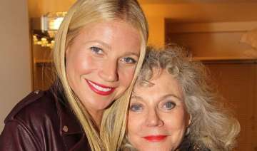 gwyneth paltrow s mother doesn t get conscious...