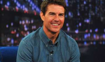 tom cruise to star in dough liman s drug thriller...