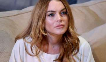 lindsay lohan won t release tell all book - India...
