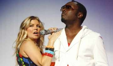 will.i.am finds fergie s new album awesome -...
