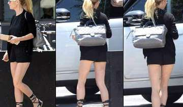 gwyneth paltrow exposes derriere faces wardrobe...