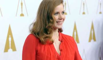 amy adams uncomfortable talking about sony hack -...