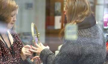 kimberley walsh spotted buying wedding ring -...
