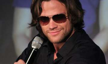 jared padalecki shows off abs for a cause - India...