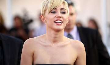 i was depressed about my looks miley cyrus -...