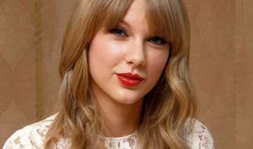 taylor swift finds future scary - India TV