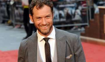 jude law satisfied how his children s life...