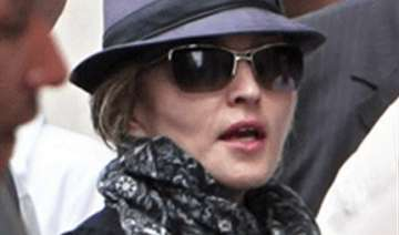 madonna in paris to direct her new movie - India...