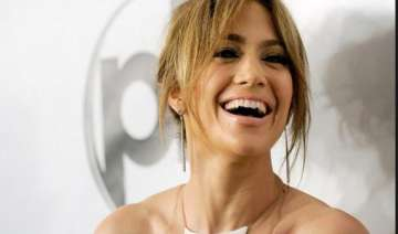 jlo hates watching news - India TV