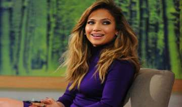 jlo not clued up about american idol return -...