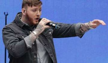 james arthur finds friend in naughty boy - India...