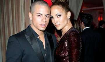 jennifer lopez and casper smart break up - India...