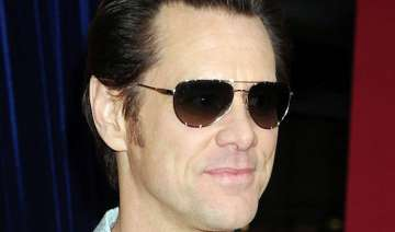 jim carrey against violence in kick ass 2 - India...