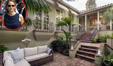 jodie foster selling los angeles home - India TV