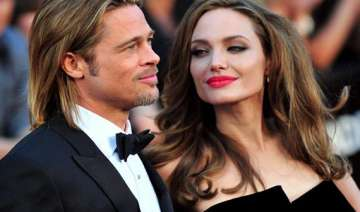 jolie thanks pitt with expensive gift - India TV