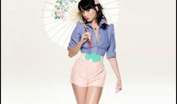 katy perry voted fhm s sexiest women 2011 - India...