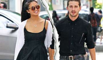 labeouf splits from girlfriend - India TV