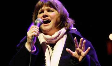 linda ronstadt says she can t sing due to...