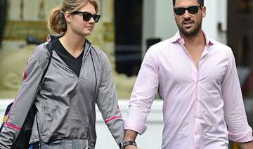 love with kate upton never saw that coming maksim...
