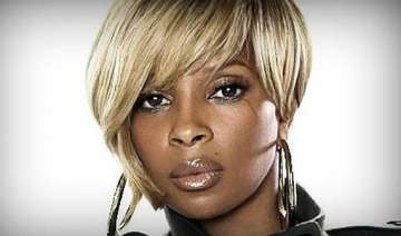 mary blige talks about her addiction and...