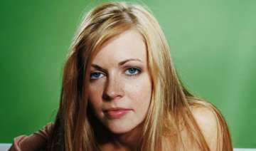 melissa joan hart i made out with ryan reynolds -...