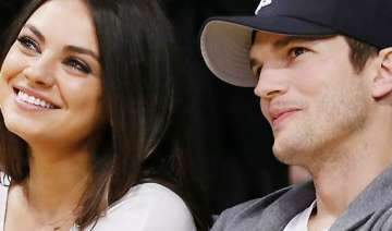 is kunis expecting first child with fiance...