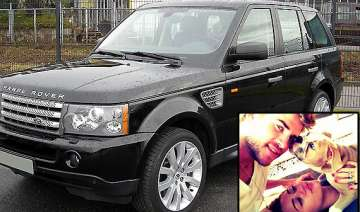 miley s pets hit the jackpot with range rover...