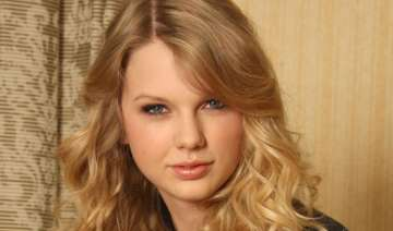 never chase a boy suggests taylor swift - India TV