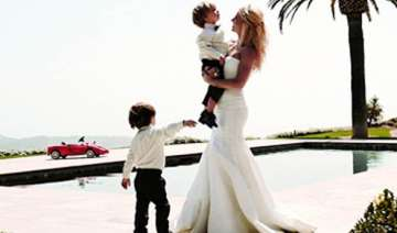 not expecting third baby says britney spears -...