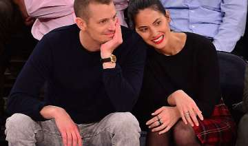 olivia munn aaron rodgers very happy together -...