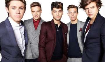 one direction launches stationery - India TV