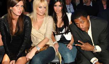 paris hilton can t wait to see kim s baby - India...