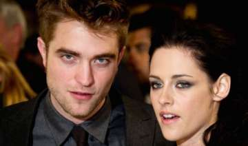 pattinson stewart back in magical phase - India TV