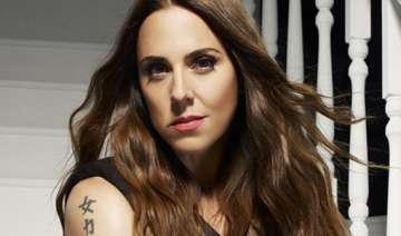 spice girls tours gave mel c mental trouble -...
