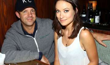 sudeikis plays fiance olivia wilde s boss - India...