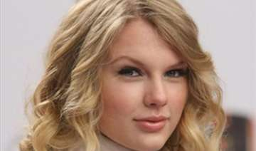 swift keen on buying house in london - India TV
