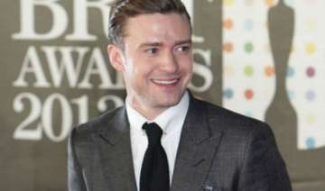timberlake chooses low budget inn over posh suite...