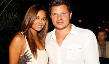 vanessa minnillo marries singer nick lachey -...