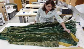 gone with the wind costumes fade forever - India...